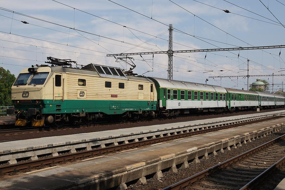 http://www.janw.de/eisenbahn/archiv/cz/2011/0403.jpg