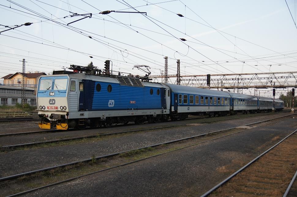 http://www.janw.de/eisenbahn/archiv/cz/2011/3015.jpg