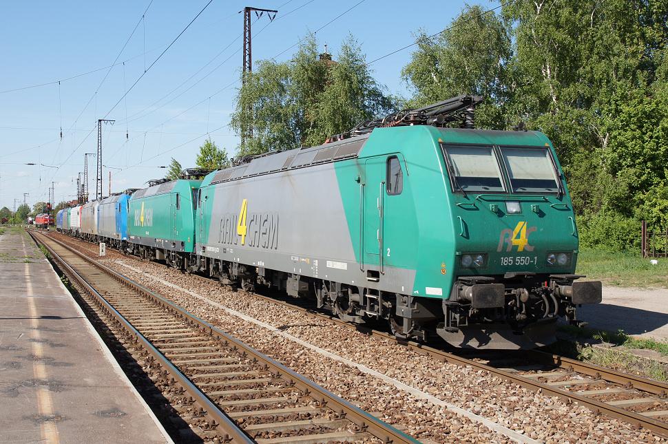 https://www.janw.de/eisenbahn/archiv/div/2011/0502.jpg